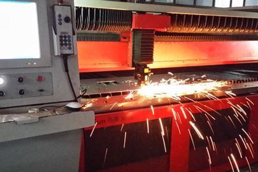 The difference between automatic pipe cutting machine and tube sheet integrated cutting machine